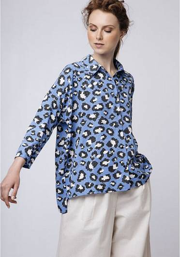 COMPANIA FANTASTICA - BLUE SHIRT IN LEOPARD PRINT SP19SHE47 -